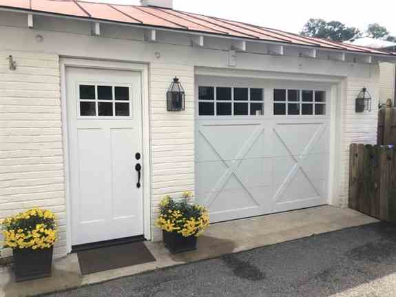 We installed a new ProVia Signet smooth Fiberglass panel entry door last week to pair with the 9x7 CHI 5634 high steel Overlay Carriage house garage door we installed last year for the homeowner!