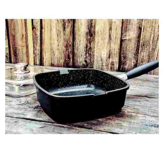 "EuroCAST 10"" high side square saute pan with lid."